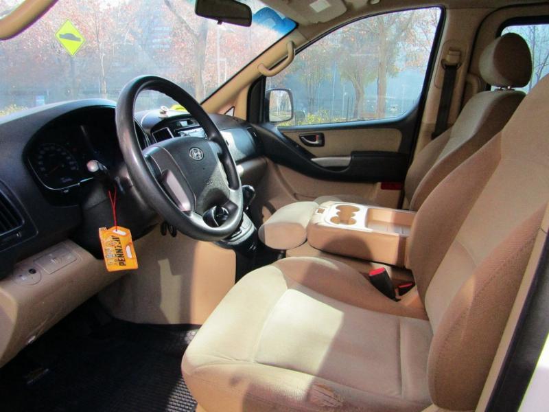 HYUNDAI H1 New H1 GLS 2.5 2016 Diesel, manual, aire acondicionado - JULIO INFANTE
