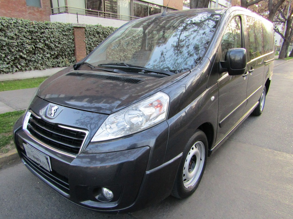 PEUGEOT EXPERT 2.0 HDI 163 HP DIESEL  2015 9 pasajeros. aire, 2 airbags, ABS, Navegador - JULIO INFANTE