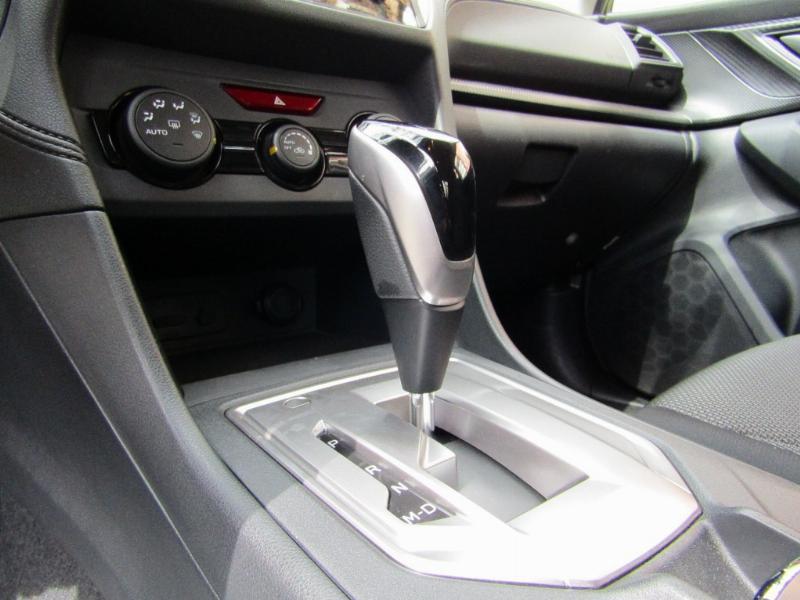SUBARU NEW IMPREZA XS CVT 2.0 automatico  2018 Paddle shift 6 airbags 4x4 como nuevo.  - JULIO INFANTE