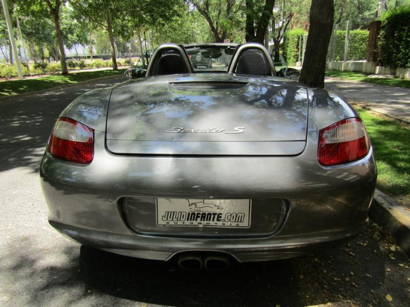 PORSCHE BOXSTER S 3.4 cc. Aut Tiptronic 2008 Cuero, Mantencion Ditec de 80 mil km. recién hecha - JULIO INFANTE