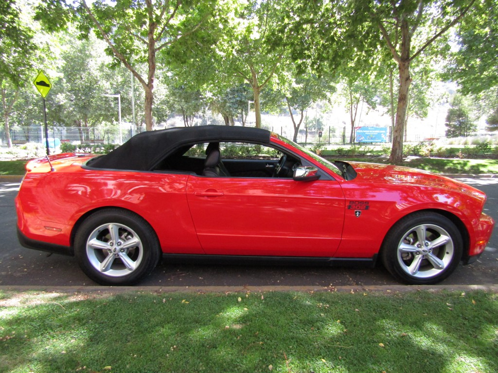 FORD MUSTANG 5.0 GT Convertible.  2012 Equipo Boss, 68 mil km. 470 hp.  - JULIO INFANTE