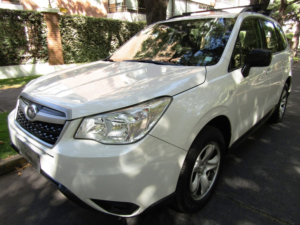 SUBARU FORESTER 2.0  4wd mec, airbags  2016 aire, abs, crucero. Impecable.  - JULIO INFANTE