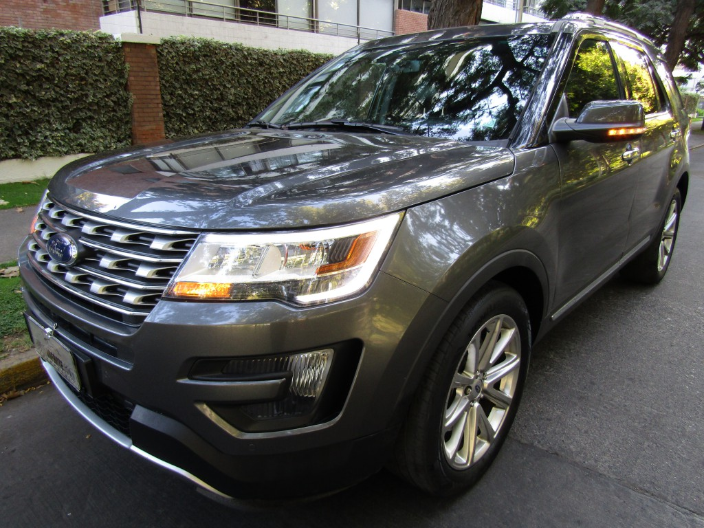 FORD EXPLORER 2.3 Limited 2.3 4x2 2016 Cuero 2 sunroof, 1 dueño. poco uso IMPECABLE  - JULIO INFANTE