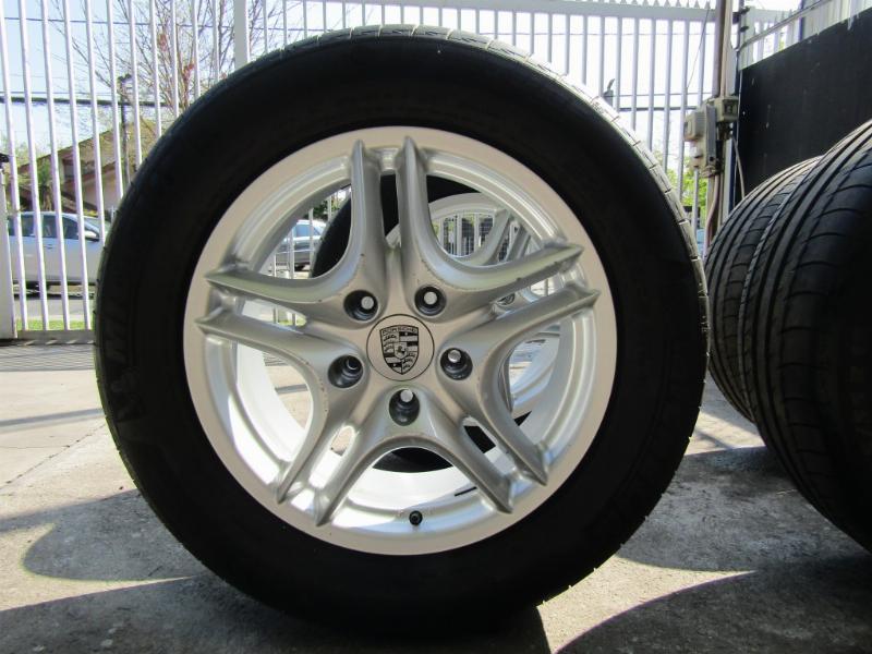 PORSCHE CAYENNE Llantas del modelo  2007 4,8 Turbo 550 hp  - JULIO INFANTE