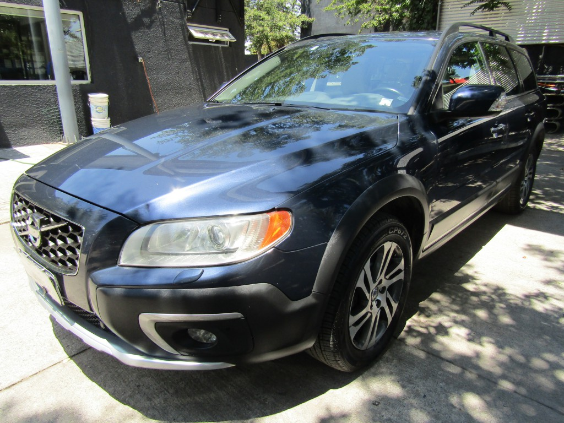 VOLVO XC 70 T6 Awd cuero Tiptronic  2013 cuero, sunroof, airbag, climatiz, abs, mantencione - JULIO INFANTE