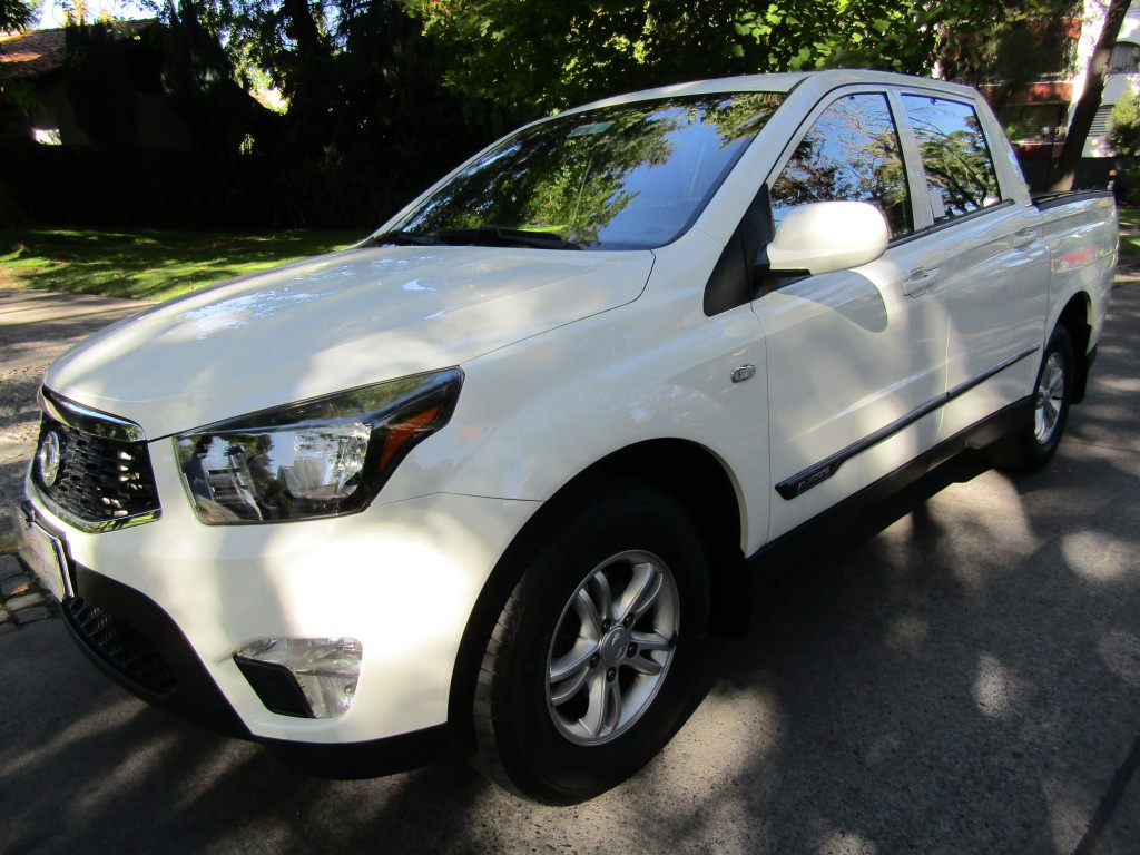 SSANGYONG ACTYON SPORT 4x2  DIESEL 2.0 FULL  2018 612, crucero, airbags, como nueva 49 mil km.  - JULIO INFANTE
