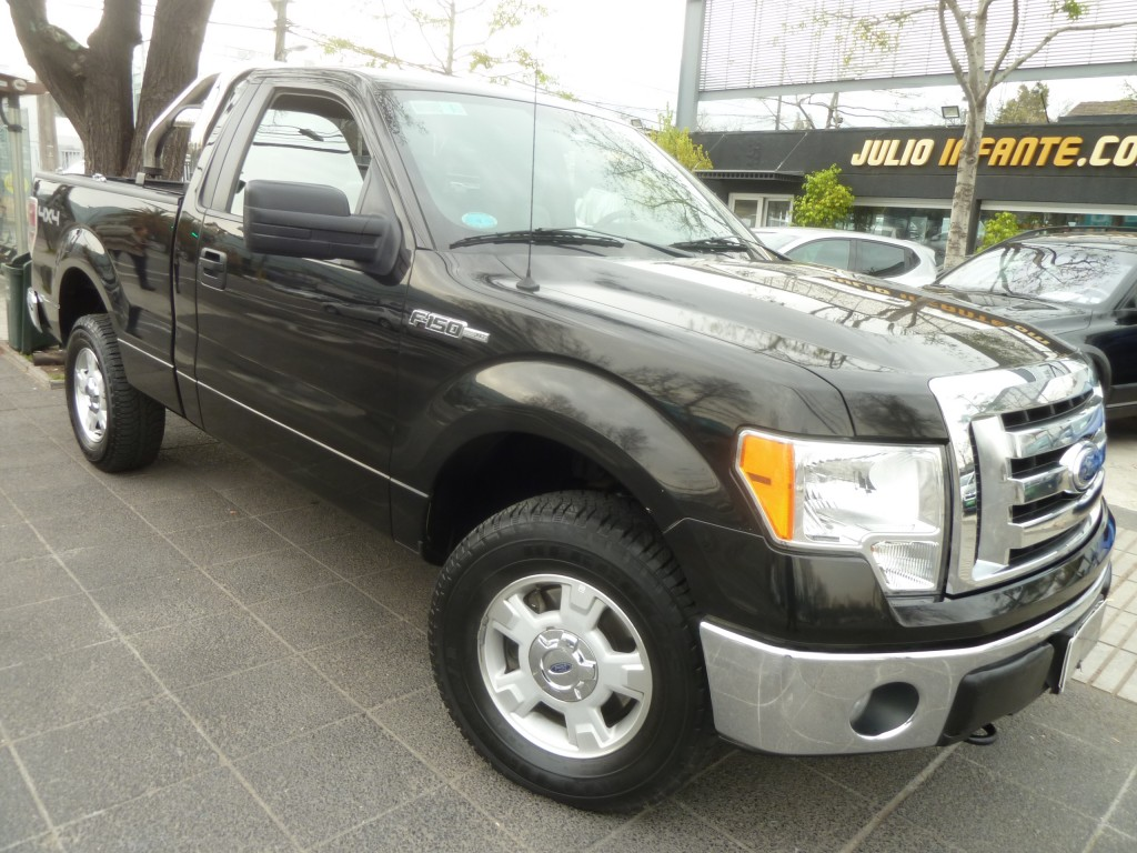 FORD F150  XLT 3.7, 6 cilid. 2011 C/S, 4x4 Linea nva. IMPECABLE - FULL MOTOR
