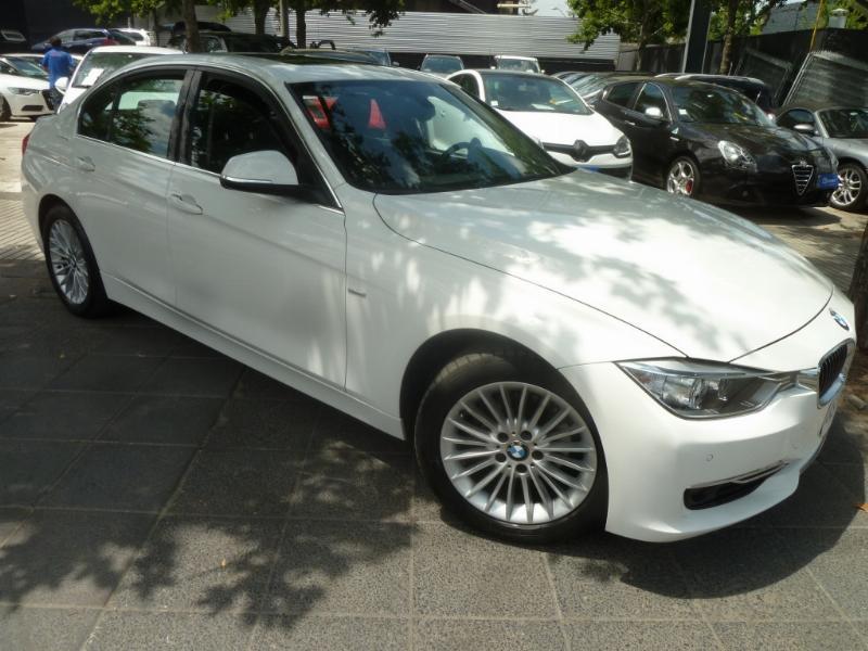 BMW 320I Luxury 2.0 Aut 2014 Cuero, Sunroof, 1 Dueña. 14.500 km.  - FULL MOTOR