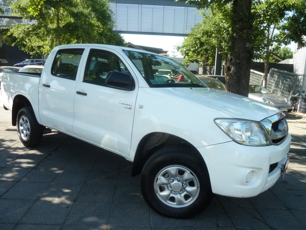 TOYOTA HILUX D/cab aire 2.5 DIESEL 2011  - FULL MOTOR