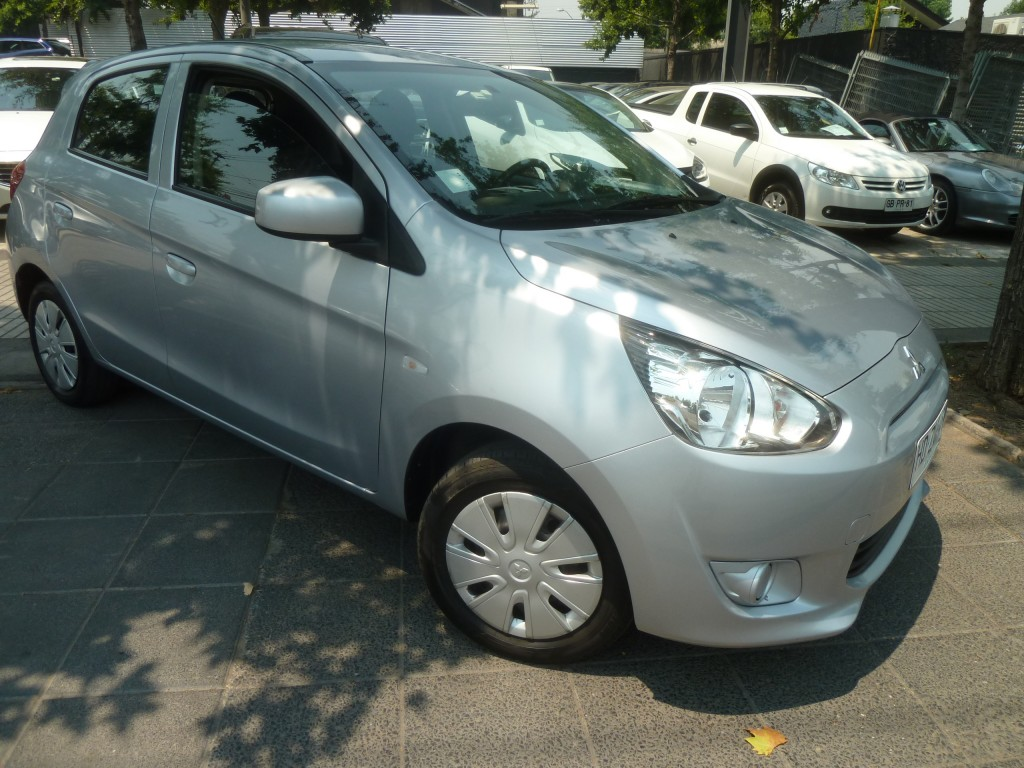 MITSUBISHI MIRAGE 1.2 GLX Aire, 2 airbags 2015 IMPECABLE - FULL MOTOR