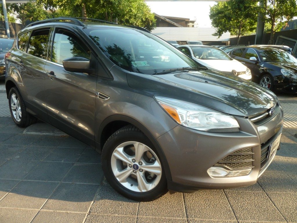 FORD ESCAPE New Escape 2. Sel Ecoboost 2013 Neumaticos nvos. Mantencion 100 mil km. hecha. - FULL MOTOR