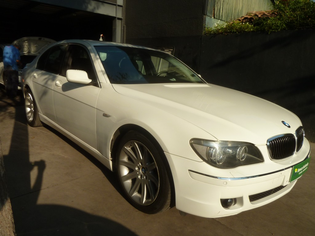BMW 740 740 IA 4.0 Aut 2007 Cuero, Sunroof, 79.450 km IMPECABLE - FULL MOTOR