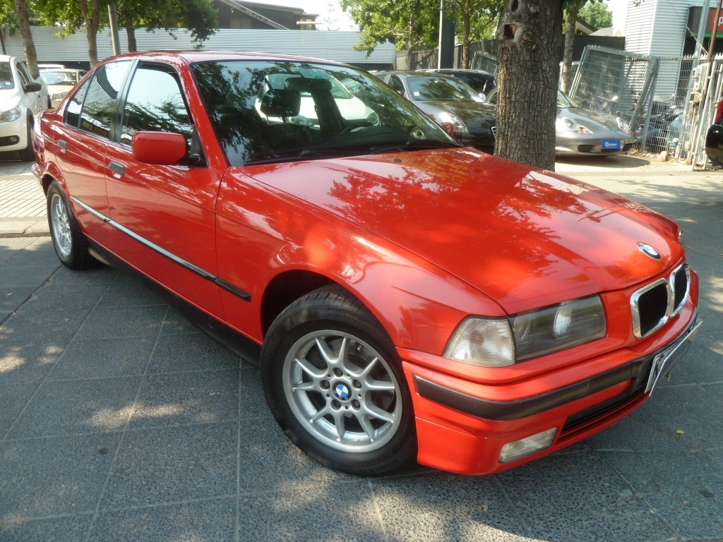 BMW 325I Cuero, Sunroof. Crucero 1991 Llantas BBS, volante Momo, IMPECABLE.  - FULL MOTOR