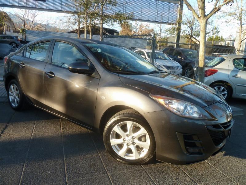 MAZDA 3 1.6 Sedan aire, airbags, llantas  2012 abs, buenos neumáticos. 2 dueños.  - JULIO INFANTE