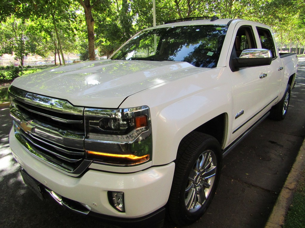 CHEVROLET SILVERADO LTZ 4X4  5.3 DCab Autom 2016 High Country, cuero, DVD multi full equipo  - JULIO INFANTE