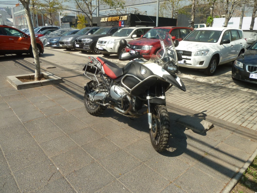 BMW R 1200 GS Adventure 10 mil km.  2007 impecable . nada de km.  - FULL MOTOR
