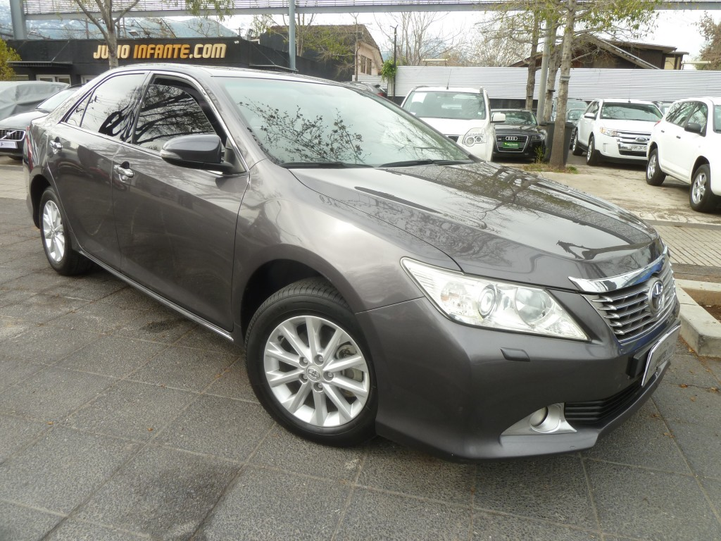 TOYOTA CAMRY LEI 2.4 AUT 2013 Autom. 8 airbag. MUY LINDO.  - FULL MOTOR