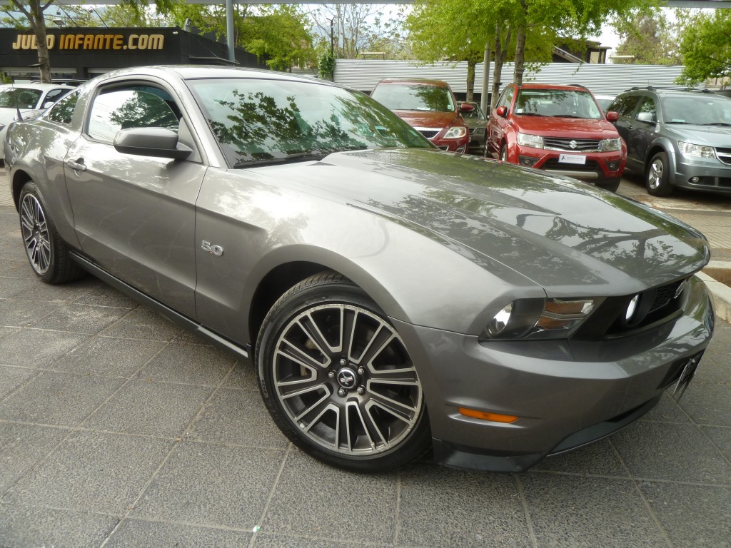 FORD MUSTANG GT 5.0 Coupe cuero. 2011 4 airbag abs, Crucero, llantas 19 - FULL MOTOR