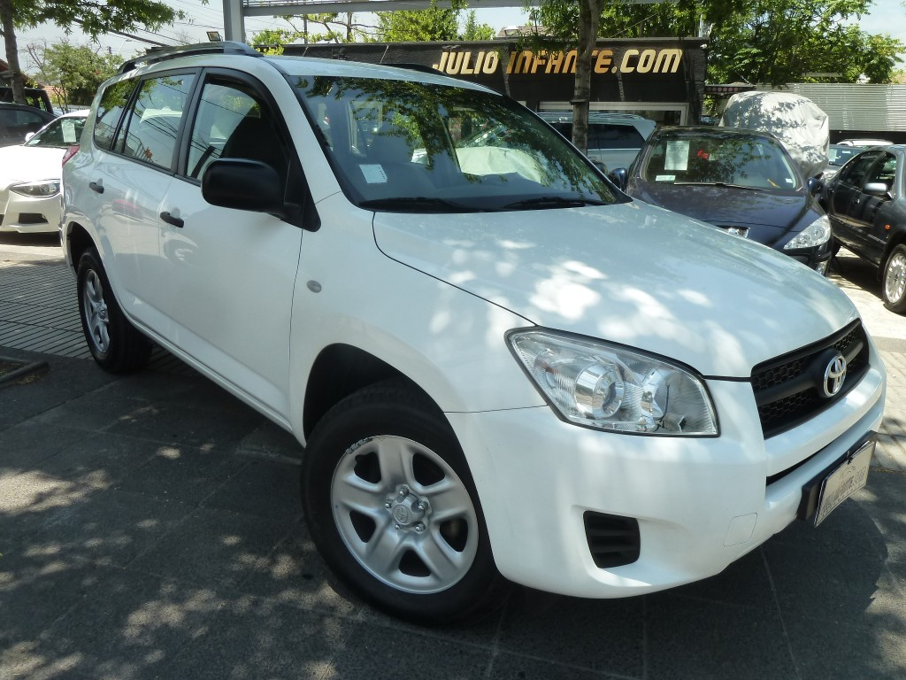 TOYOTA RAV 4 Lujo 4x2 2.4 2012 mecanica. airbags abs, impecable  - FULL MOTOR