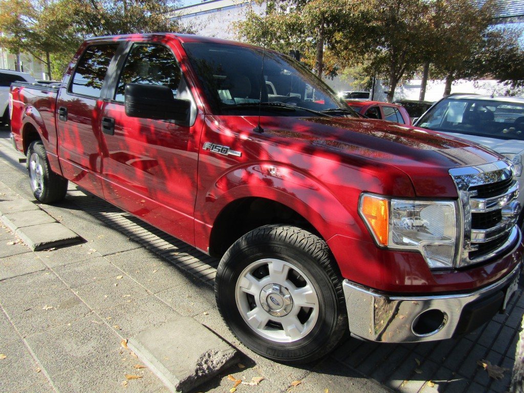 FORD F-150 DCAB XLT 3.7 4x2 2014 Airbags, abs, crucero, climatizador IMPECABLE.  - JULIO INFANTE