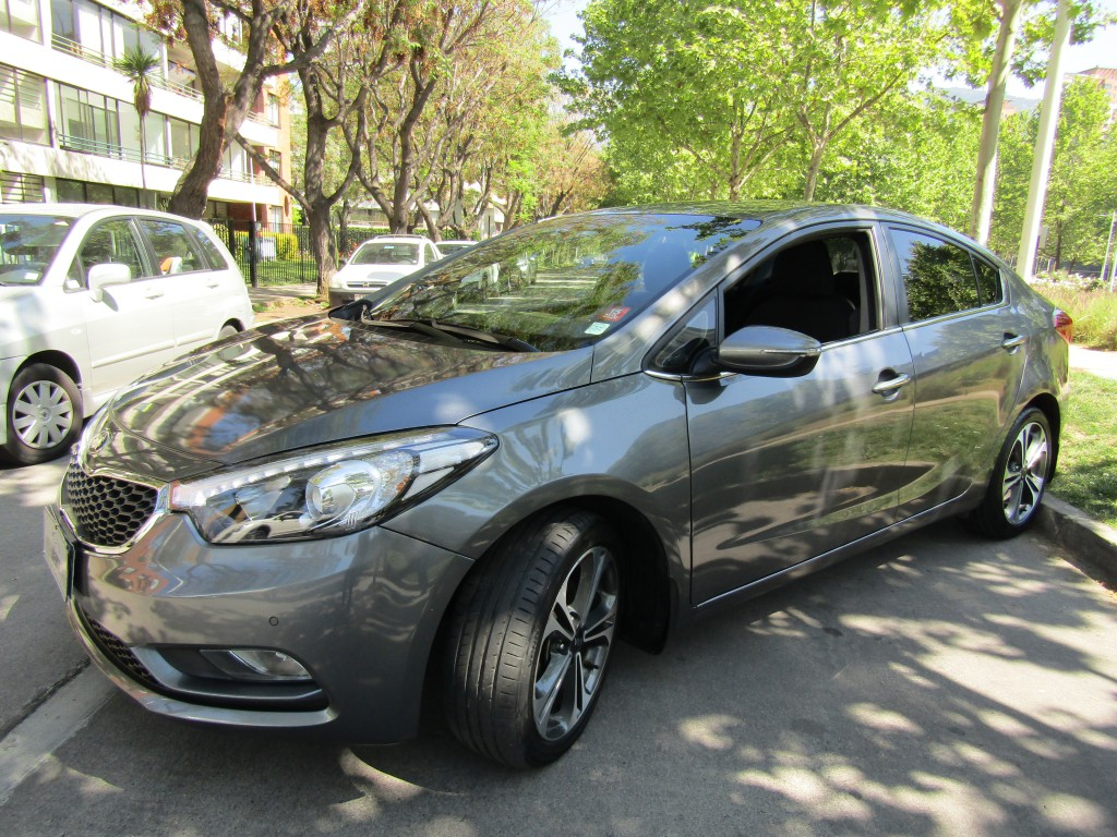 KIA CERATO 1.6 SX autom. Paddle shift 2015 Abs, crucero, aire airbags, mantencion kia al día. - JULIO INFANTE