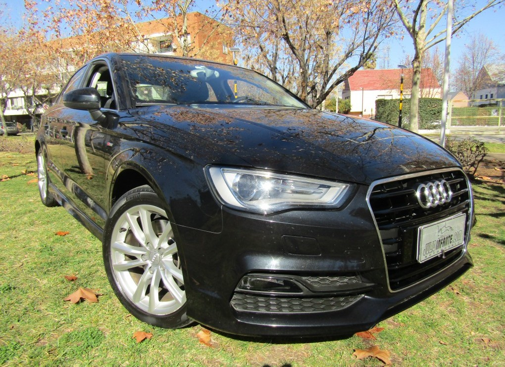 AUDI A3 Attraction TFSI 1.8 Aut 2015 Sedan 39 mil km. Stronic, Sunroof, como nuevo - FULL MOTOR