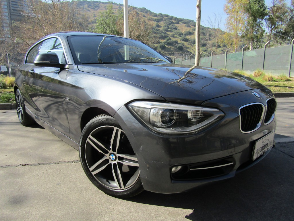 BMW 125I Sport 2.0 Twin turbo, mec. 6 veloc 2013 Sunroof, 6 airbag abs crucero. IMPECABLE.  - JULIO INFANTE