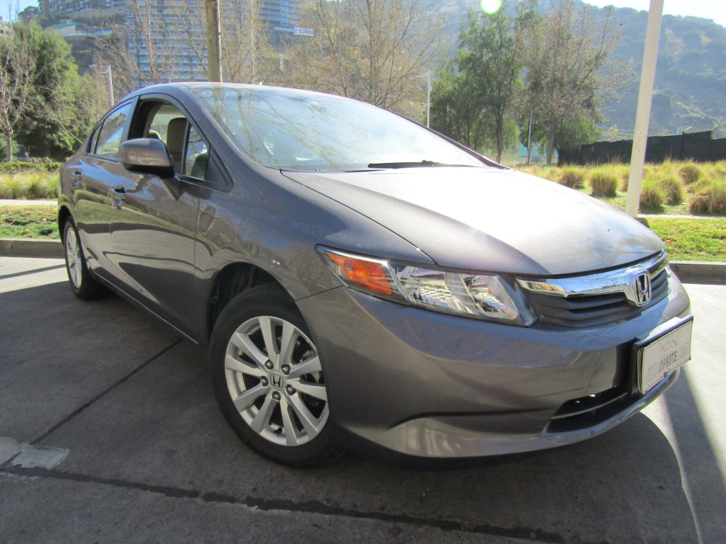 HONDA CIVIC LX 1.8 Automatico, airbags abs 2013 2 dueños. 40 mil km. IMPECABLE.   - JULIO INFANTE