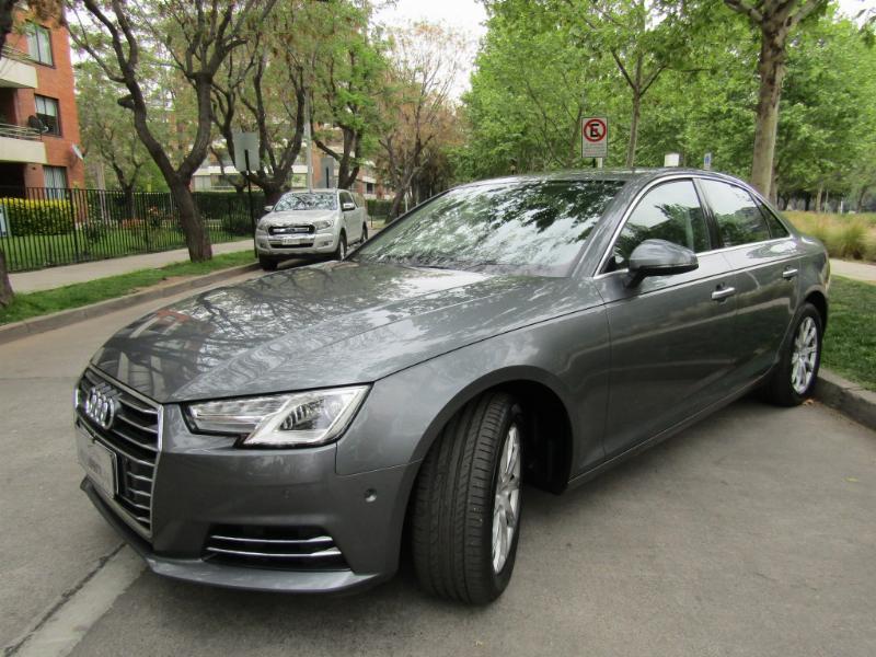AUDI A4 2.0 TFSI, Autom, cuero, airbags 2017 1 dueño. mantencion al dia. COMO NUEVO.  - JULIO INFANTE
