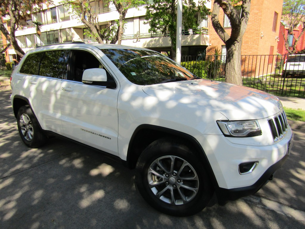 JEEP GRAND CHEROKEE Laredo 3.6 4x4 2015 aire, abs, airbags - JULIO INFANTE