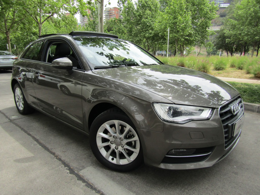 AUDI A3 TFSI 1.4 sunroof, cuero 2015 IMPECABLE. Airbags, abs, crucero.  - JULIO INFANTE
