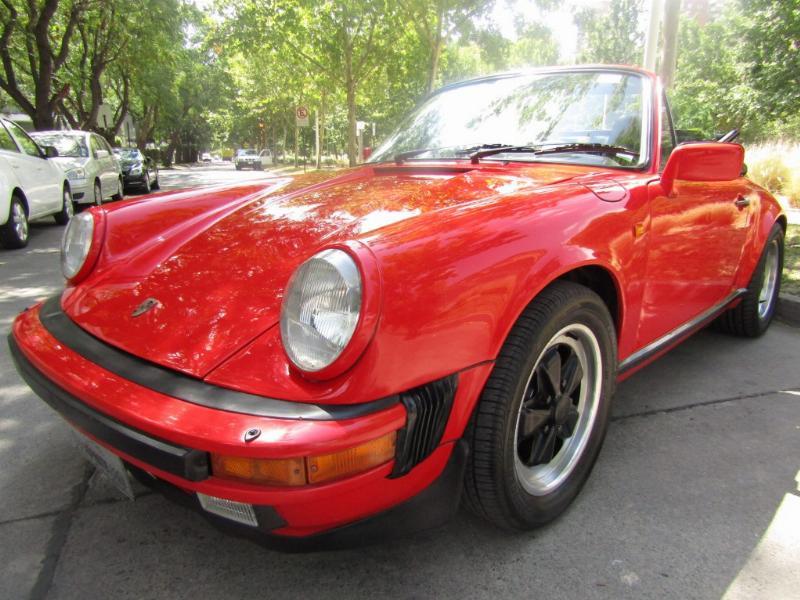 PORSCHE 911 Cabriolet; cuero, Impecable.  1985 65.502 km. Pintura, neumáticos nuevos.  - FULL MOTOR