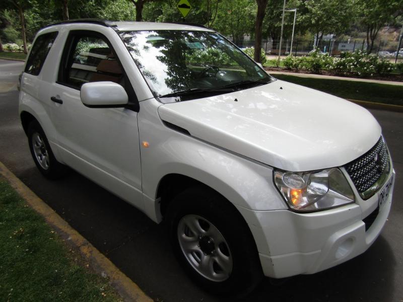 SUZUKI GRAND VITARA GLX 1.6 4x4 2012 2 Airbag, aire, climatizador. 2da dueña. solo 89 m - JULIO INFANTE