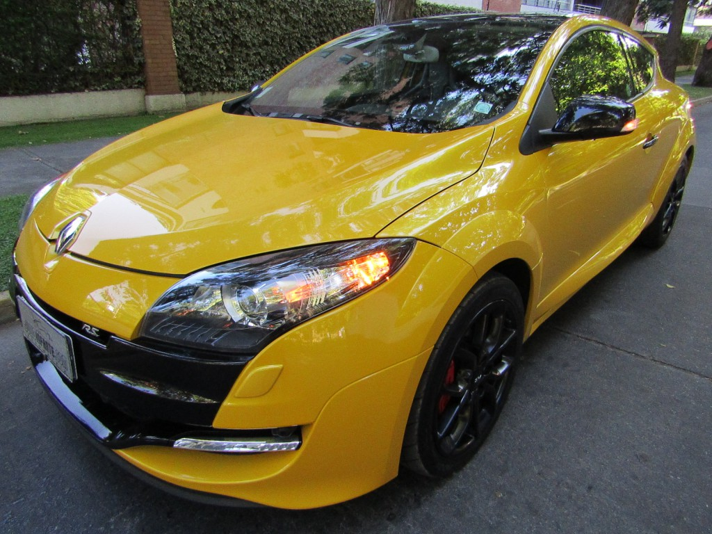 RENAULT MEGANE Coupe RS 2.0 Trophy, 265 hp 2016 Mantencion al día. Derco. IMPECABLE. 1 dueño.  - JULIO INFANTE