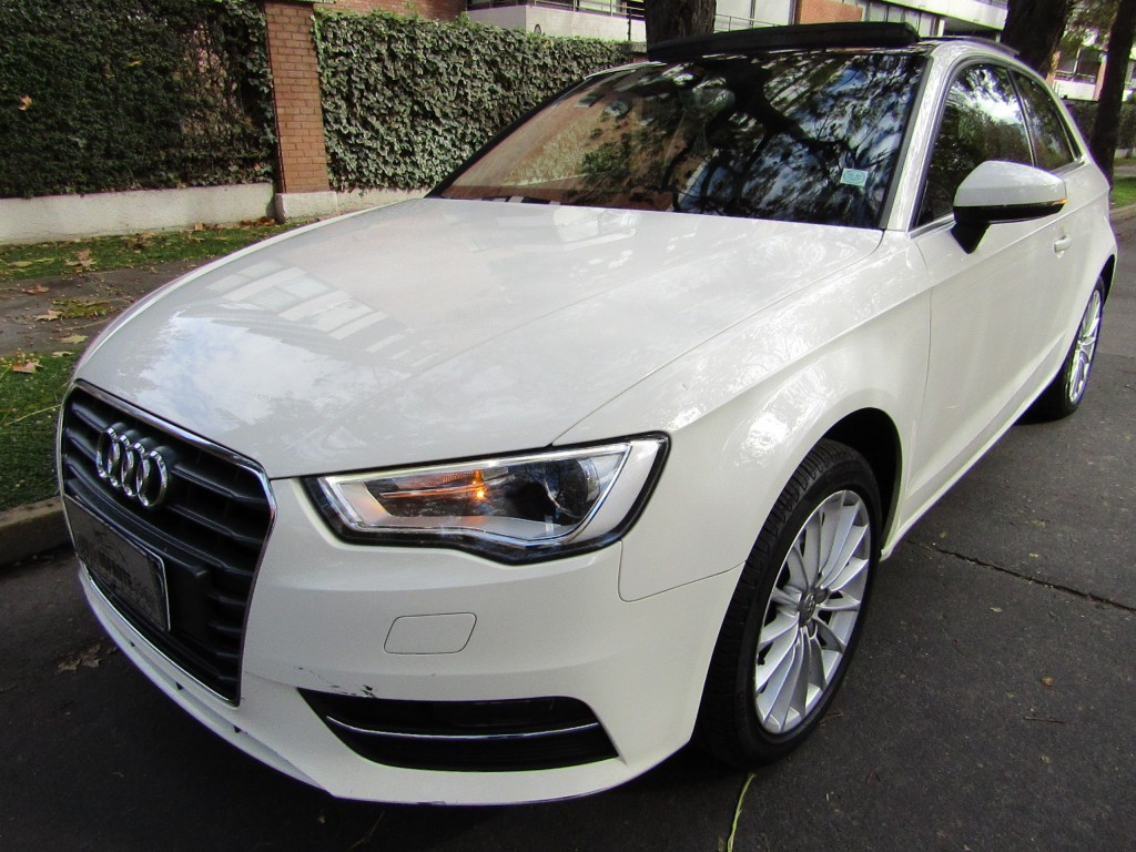 AUDI A3 1.8 TFSI S Tronic Attraction 2014 51 mil km. Sunroof  1 dueño. 170 hp.  - JULIO INFANTE