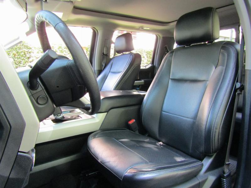 FORD F-150 Lariat Luxury 5.0 4x4 Max. equip. 2017 20.5 millones mas IVA Se Factura  - JULIO INFANTE