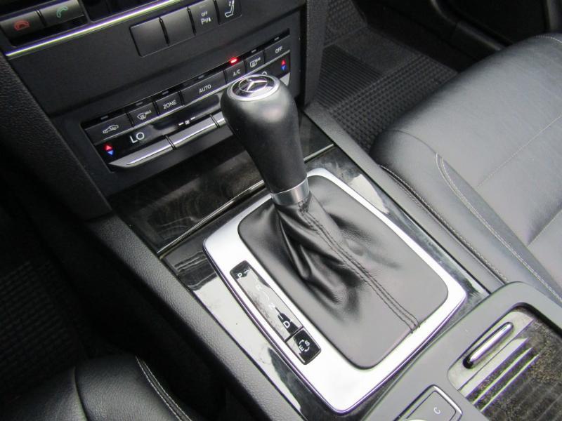 MERCEDES-BENZ E350 Cabriolet 4 asientos  2012 GGI Elegance, cuero, techo eléctrico.  - JULIO INFANTE