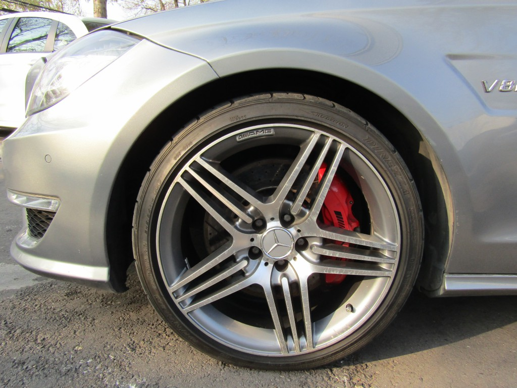 MERCEDES-BENZ CLS 63 AMG Cuero, sunroof, paddle shift 2013 V8 5.5 10 airbags abs, crucero.  - JULIO INFANTE