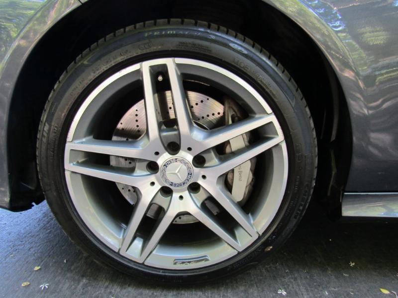 MERCEDES-BENZ E500 Advantgarde 5.5 V8  2015 Full, atendido Kaufmann. rev. mantencion  al dia.  - JULIO INFANTE