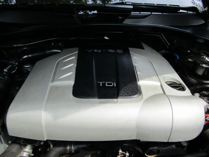 AUDI Q7 TDI Quattro  2008 Diesel 3.0, cuero, 2 sunroof, 1 dueño.  11 mil km. - JULIO INFANTE