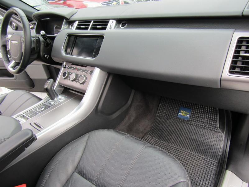 LAND ROVER RANGE ROVER Sport 5.0 V8 Supercharged 2014 515 HP. cuero, Sunroof, mantencion recién hecha.   - JULIO INFANTE