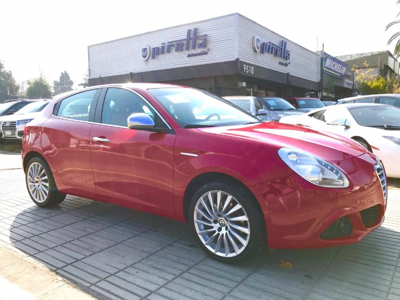 ALFA ROMEO GIULIETTA DISTINCTIVE 1.4T 170HP 2015 IMPECABLE - PIRETTA AUTOMOBILE