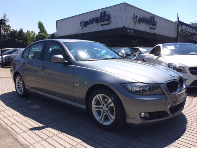 BMW 320 iA 2.0 2011 Steptronic 6 - FULL MOTOR