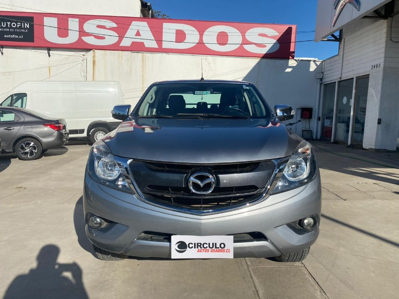 MAZDA BT-50 NEW BT-50 DC 3.2 SDX HIGH 6AT 2016 FULL EQUIPO 4x4 - CIRCULO