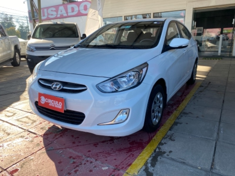 HYUNDAI ACCENT 1.4 6M/T GL 2AB AC 2019 VERSION FULL EQUIPO - CIRCULO