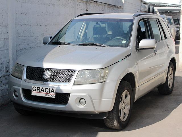 SUZUKI GRAND NOMADE GLX SPORT 2.0 2010  - GRACIA AUTOS