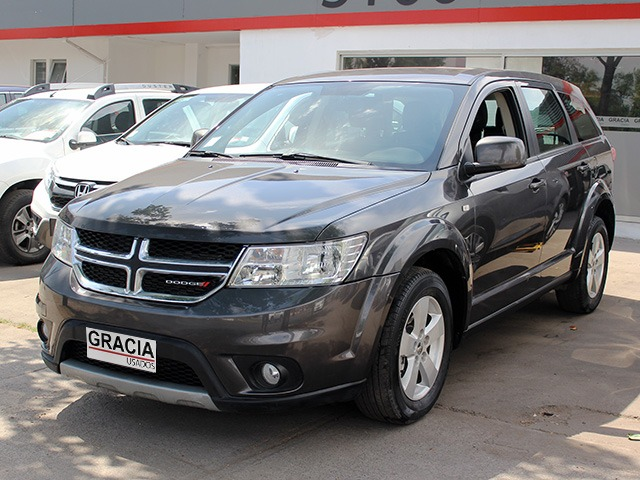 DODGE JOURNEY 2.4 AUT 3 CORRIDAS DE ASIENTOS 2017  - GRACIA AUTOS