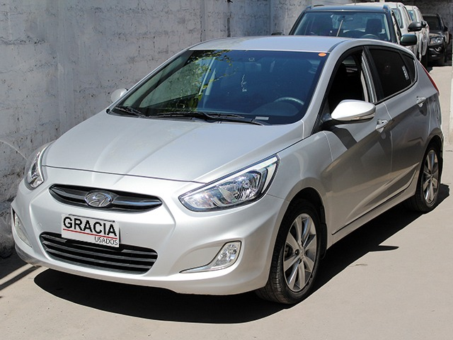 HYUNDAI ACCENT RB GL 1.4  2017 ABS A/C - GRACIA AUTOS