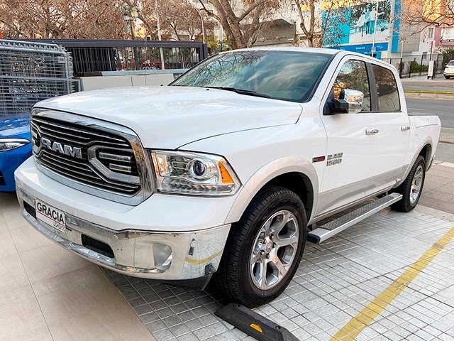 DODGE RAM 1500 3.0 TD LARAMIE  2019  - GRACIA AUTOS
