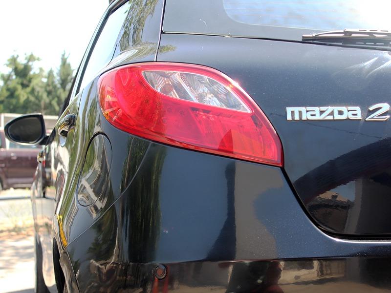 MAZDA 2 1.5 AUT 2009  - GRACIA AUTOS